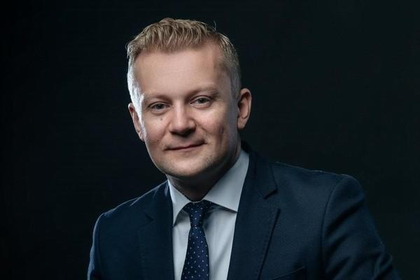 OneWeb назначила коммерческим директором экс-чиновника Минкомсвязи России