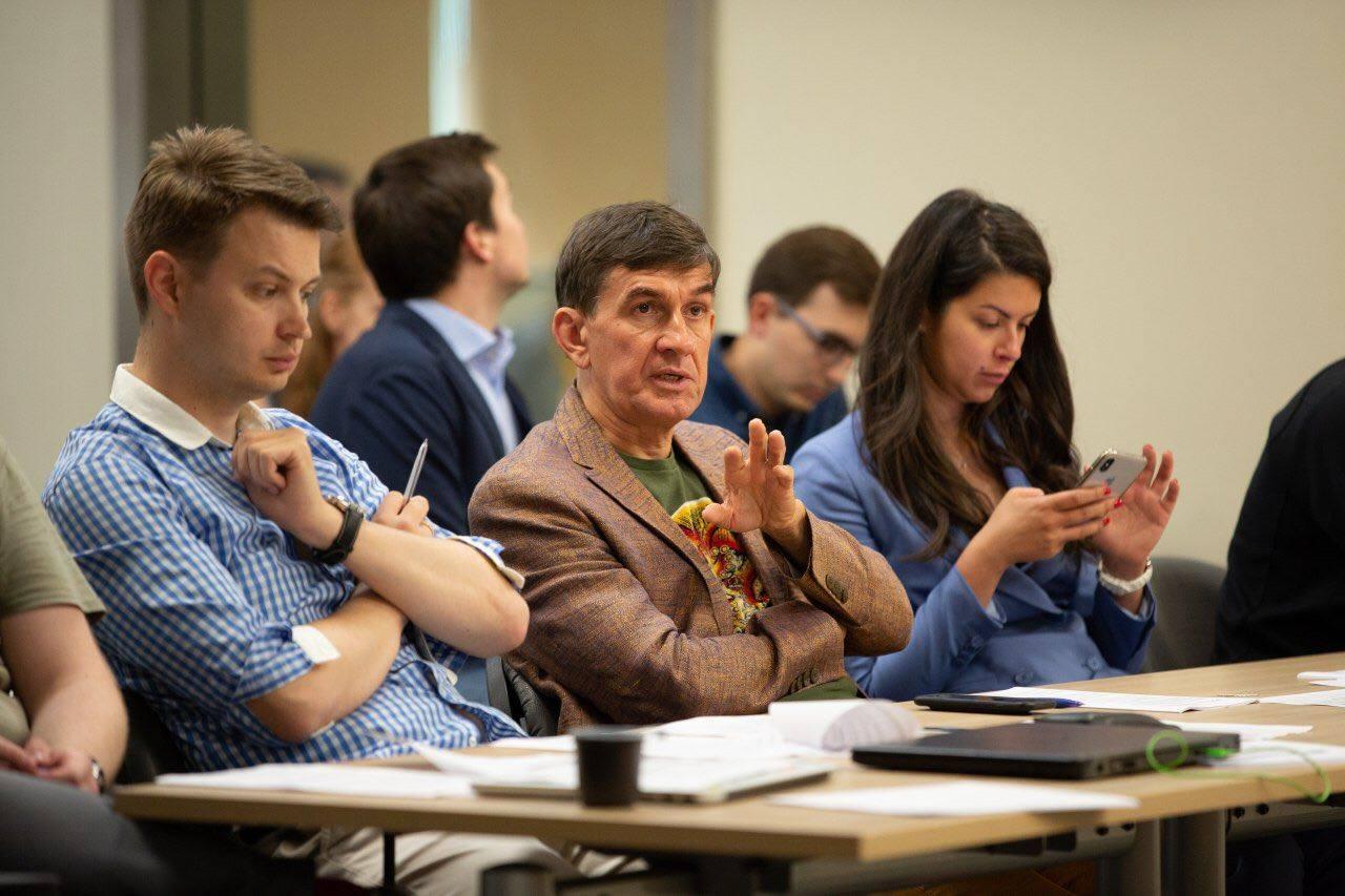 КРОК наберет новые стартапы в свой акселератор