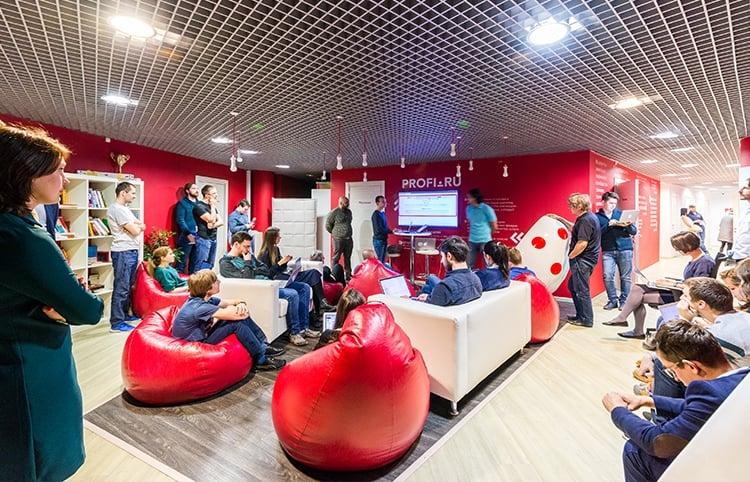 В Profi.ru опровергли договоренность с«Яндексом» поколдунщикам