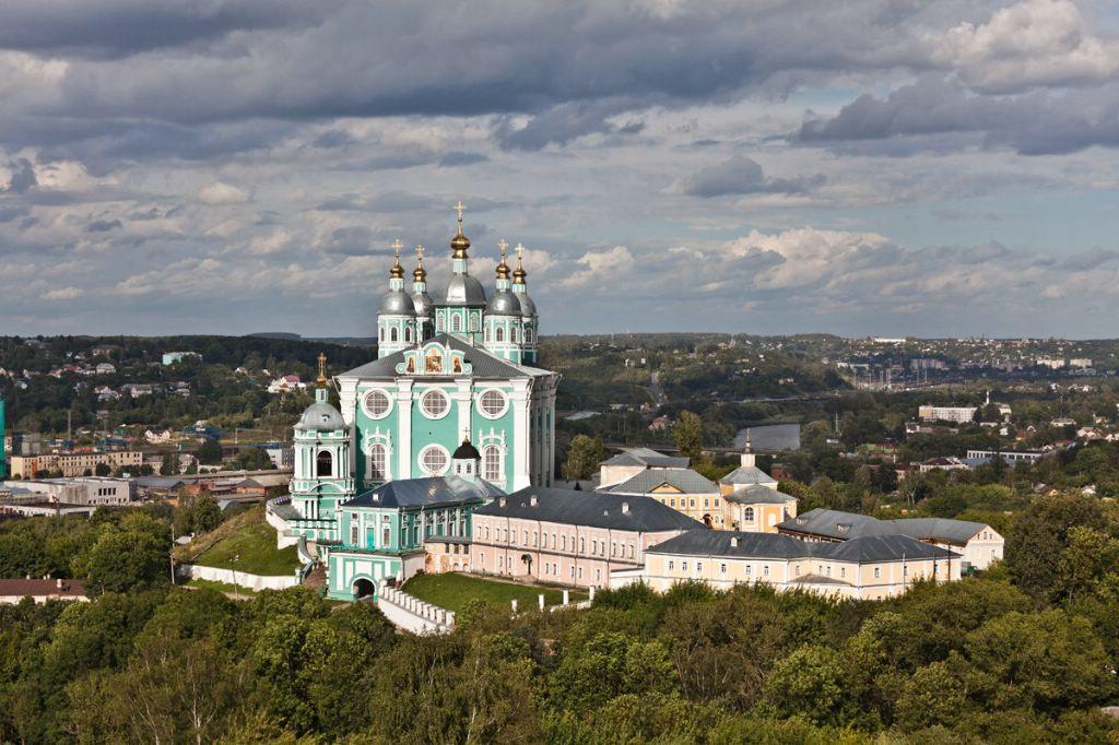 РКН оценил качество работы операторов «большой четверки» в Смоленской области