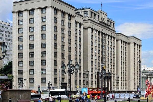 Госдума опять хочет ограничить долю иностранного капитала в российских интернет-ресурсах