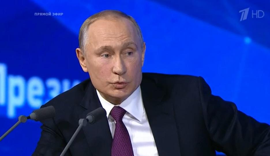 Владимир Путин поддержал правовое регулирование публикаций в Интернете. Цитаты недели.