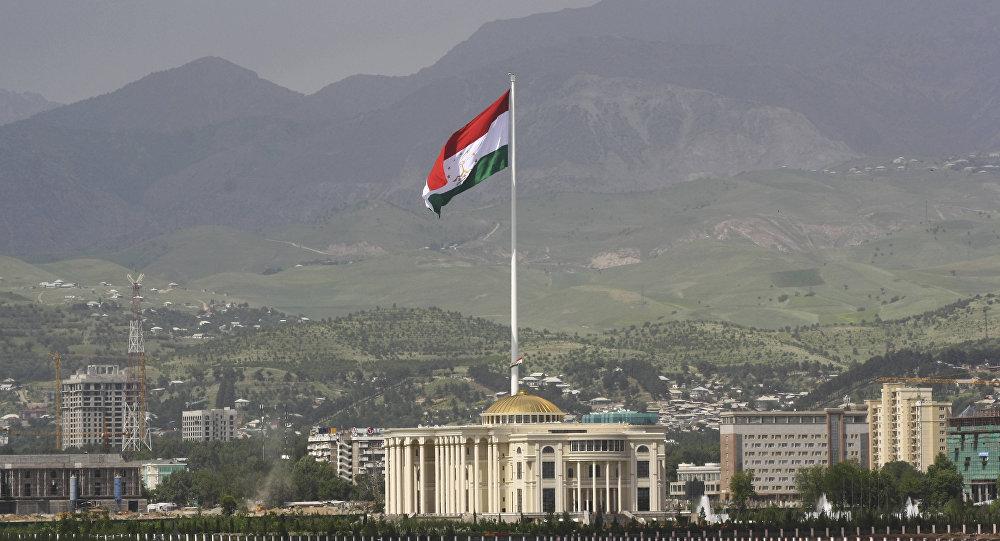 Таджикистан в 50 раз поднял цены на SIM-карты во имя борьбы с терорризмом