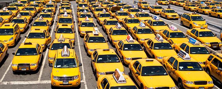Агрегаторов такси обяжут иметь филиалы врегионах