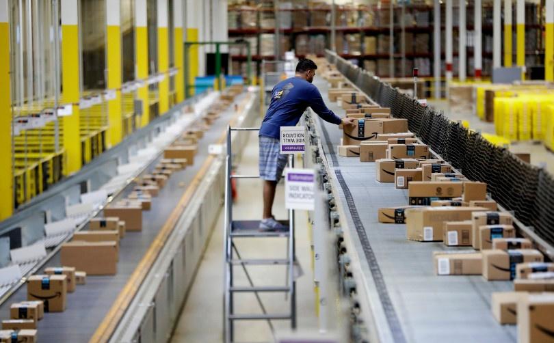 Капитализация Amazon превысила триллион долларов