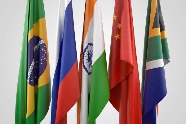 Страны БРИКС разрабатывают единую платежную систему