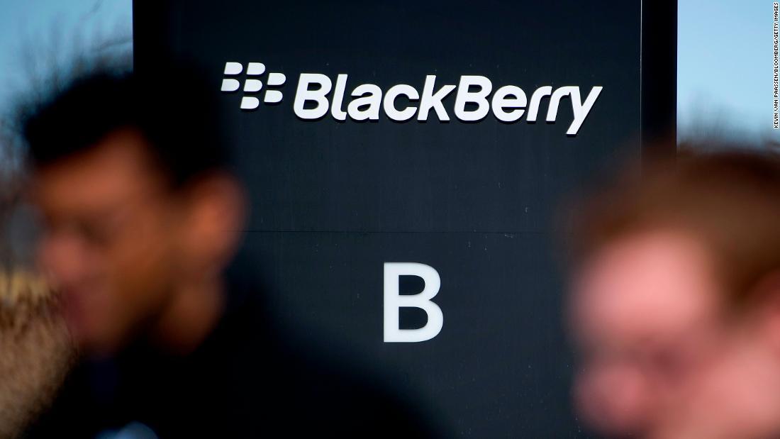 Доходы BlackBerry неожиданно для аналитиков выросли