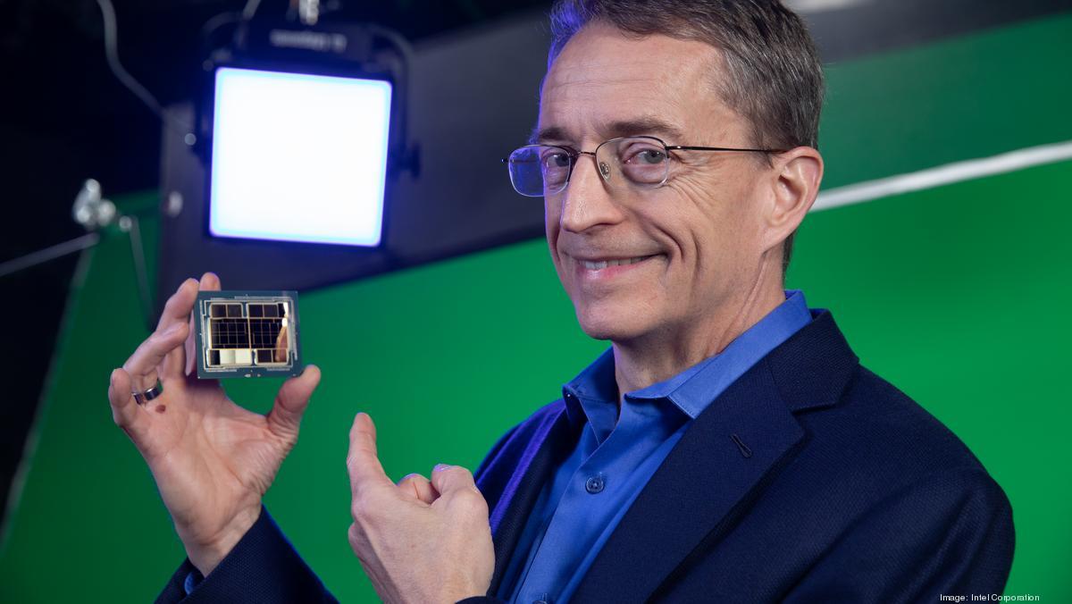 Intel может начать выпуск микросхем для автомобилей
