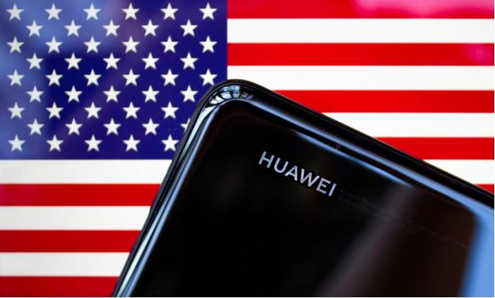 Владельцы смартфонов Huawei могут лишиться обновлений