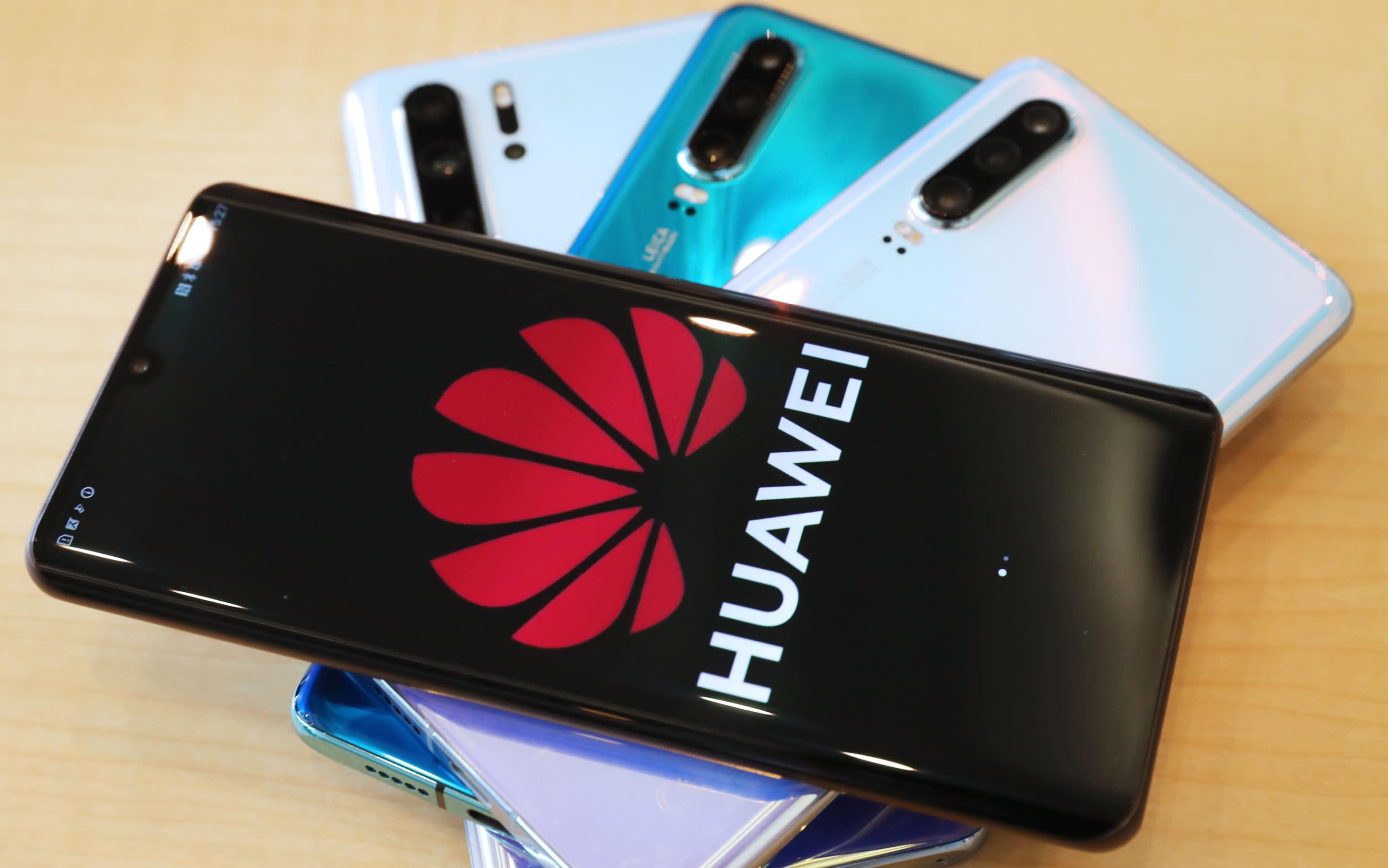 Huawei сумела увеличить продажи, несмотря на американские санкции