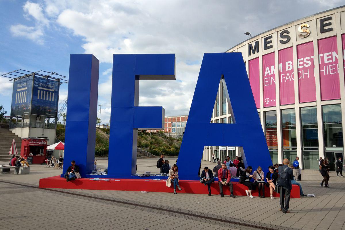 Выставка IFA в Берлине проходит без зрителей