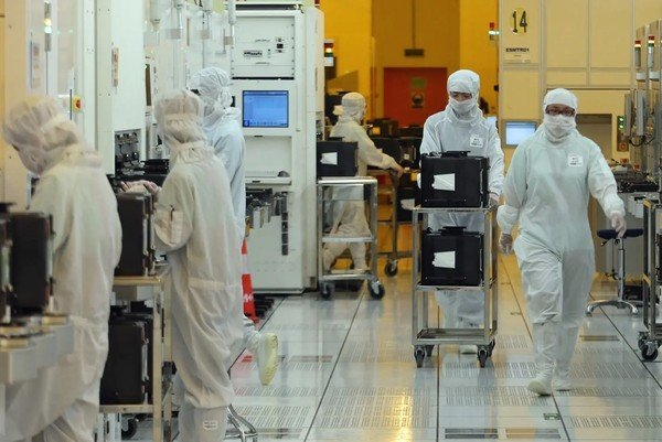Американские техгиганты просят субсидий на строительство заводов микроэлектроники