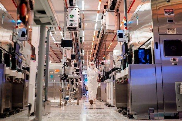 Intel планирует увеличить выпуск серверных процессоров