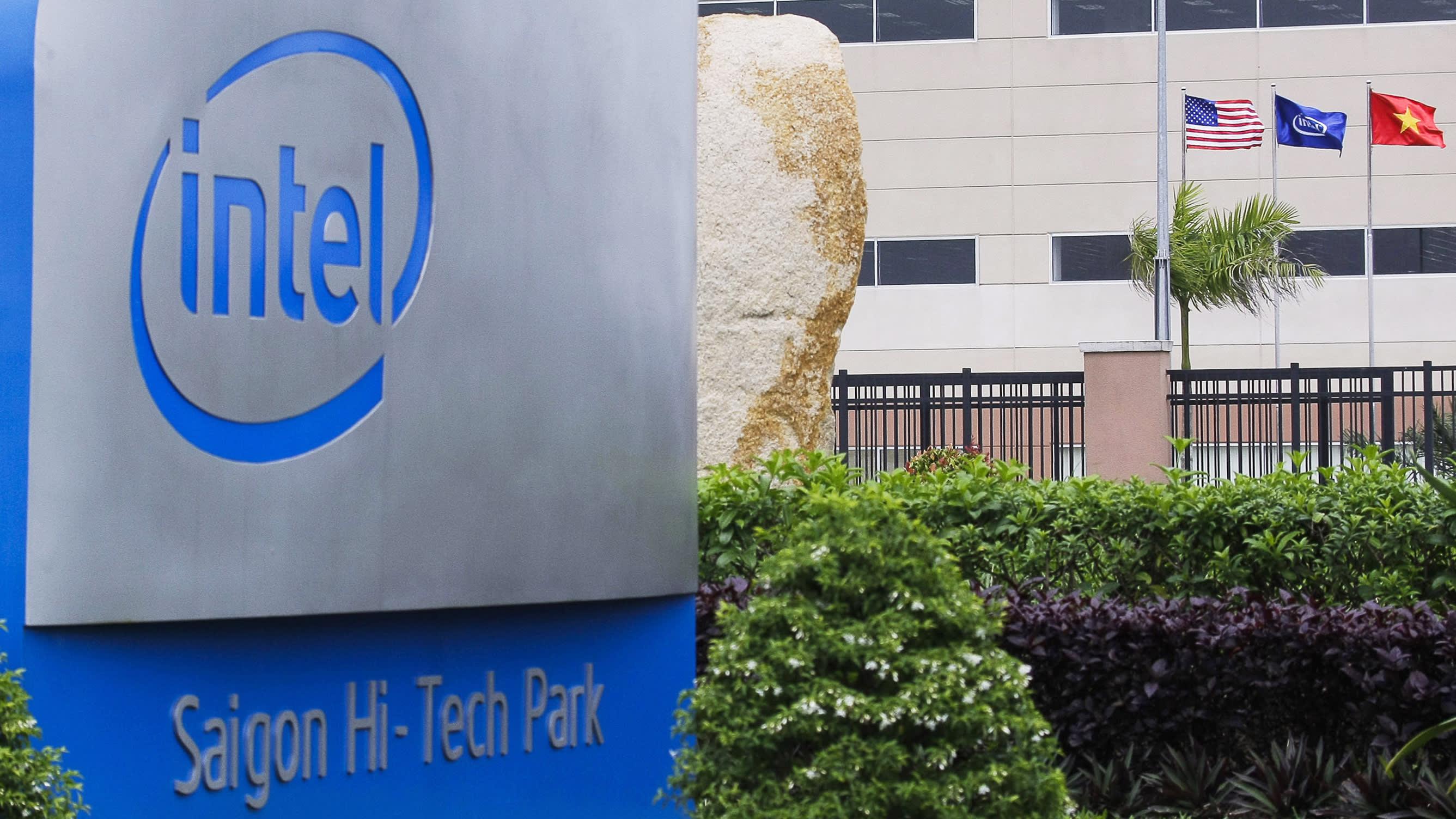Intel инвестирует еще 475 миллионов долларов в завод во Вьетнаме