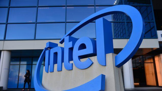 Intel подтверждает нехватку чипов, но цены обещает не повышать