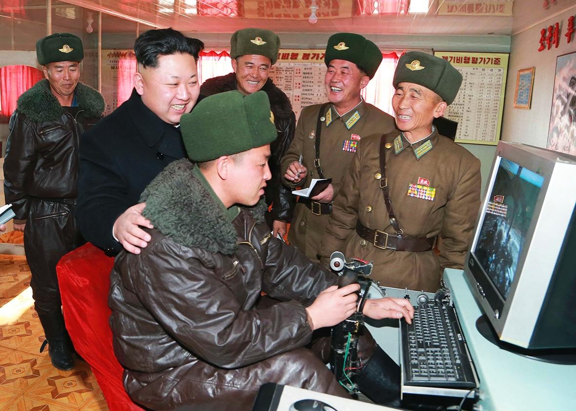 Huawei тайно помогала КНДР создать собственную беспроводную сеть