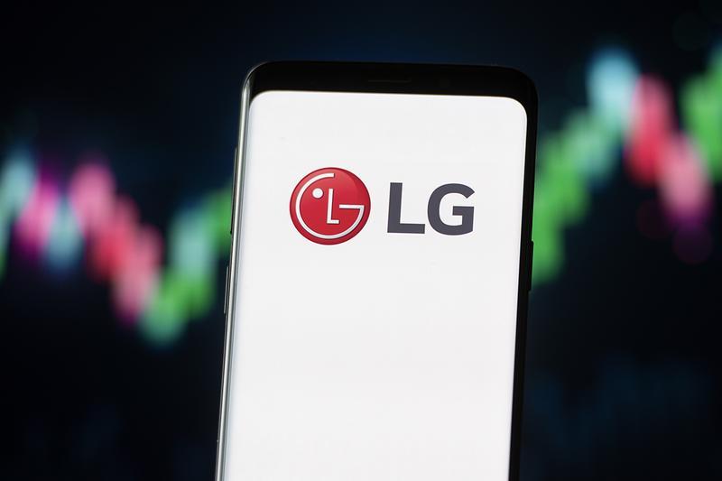 LG покидает рынок смартфонов