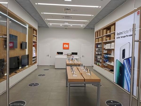 В России открылся первый фирменный магазин Xiaomi