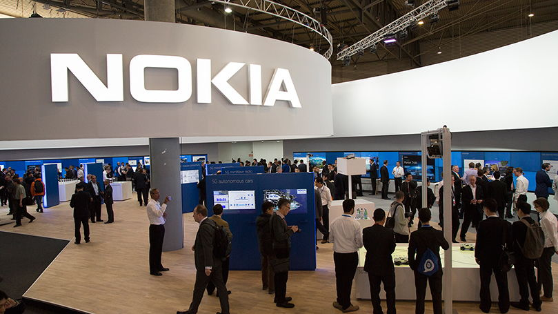 Microsoft планирует частично купить Nokia. Опять