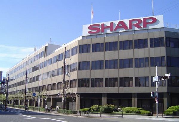 Sharp готовится выйти на рынок серверов под брендом Dynabook
