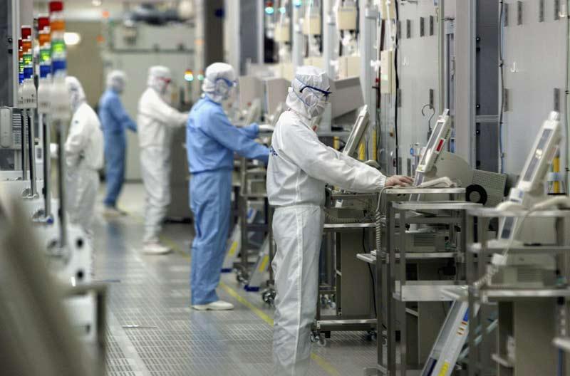 Тайваньские производители гаджетов и ноутбуков продолжают сворачивать производство в Китае