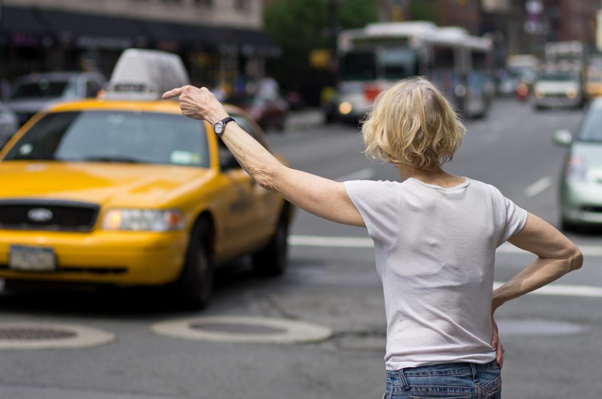 В список социально значимых ресурсов могут попасть сервисы заказа такси