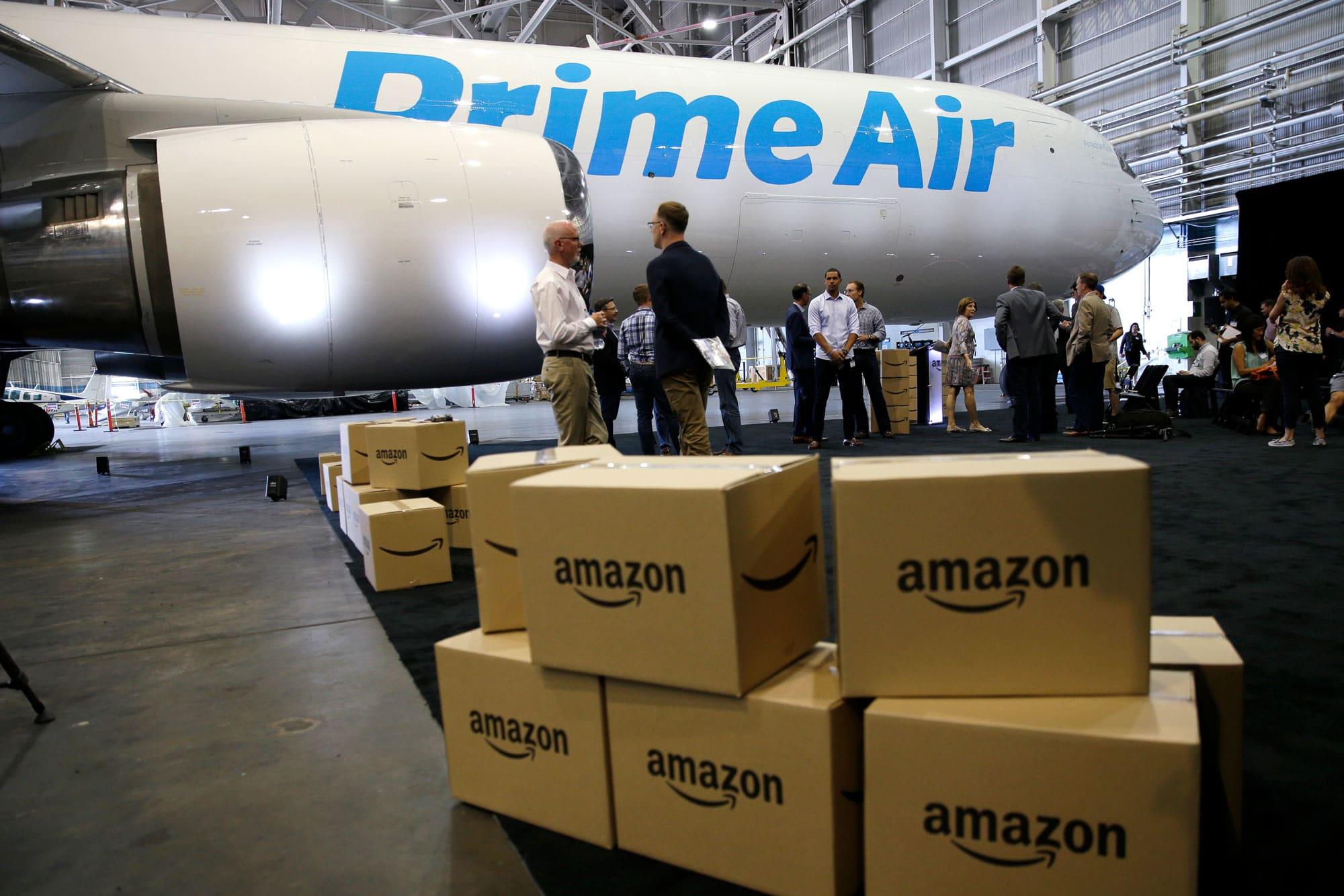 Amazon начинает предоставлять услуги по перевозке грузов