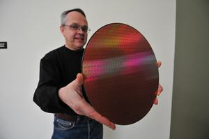Из Intel уходитодин из ведущих ученых в сфере производства полупроводников
