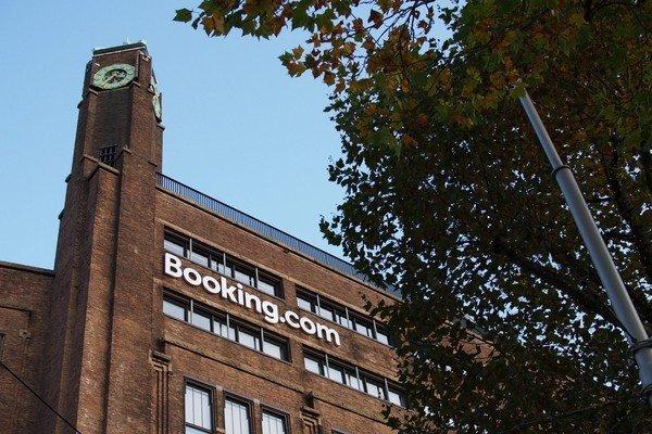 Booking.com на четверть сокращает штат