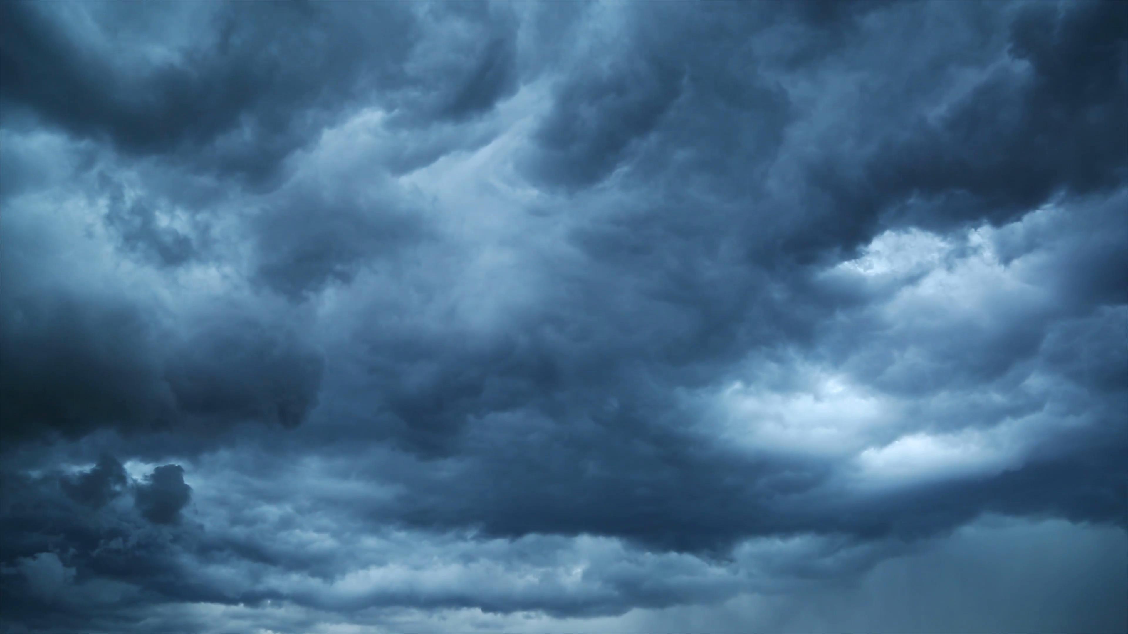 IDC: продажи оборудования для облачной инфраструктуры временно снизились
