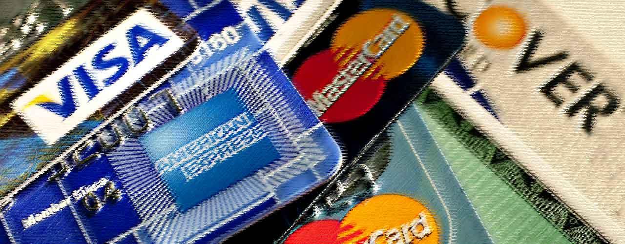 Российские торговые ассоциации подали в ФАС жалобу на Visa и Mastercard