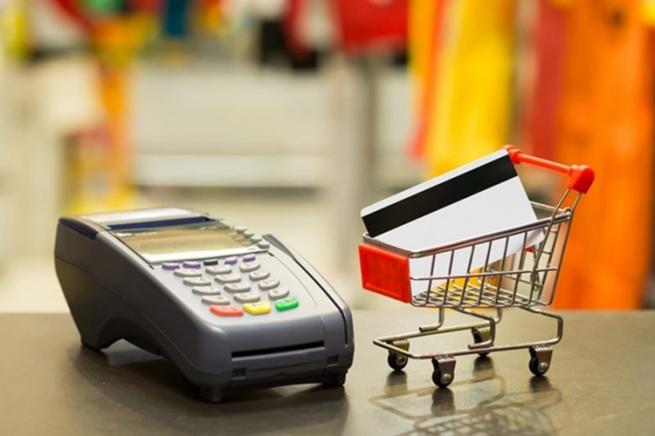 НИУ ВШЭ: в прошлом году россияне стали меньше покупать в зарубежных интернет-магазинах