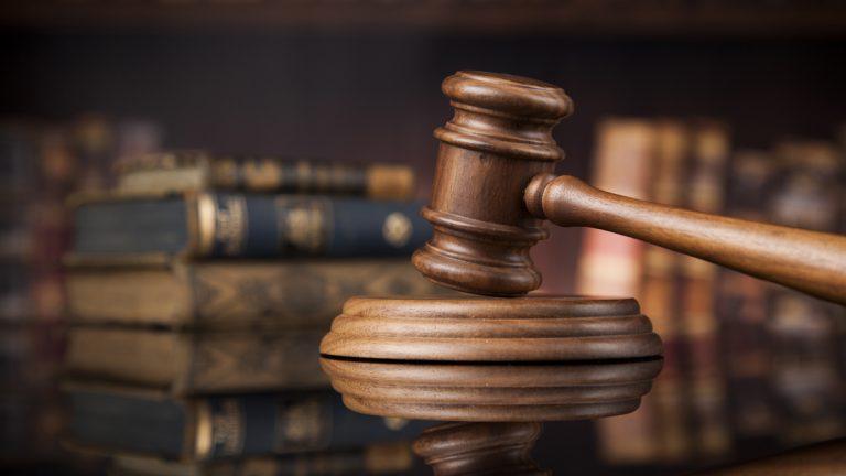 Суд признал законными многомиллионные штрафы для Facebook и Twitter
