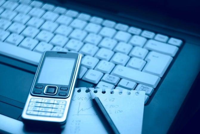 В прошлом году продажи телефонов без интернета выросли