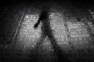 Сотрудницу сотовой компании арестовали за продажу данных абонентов