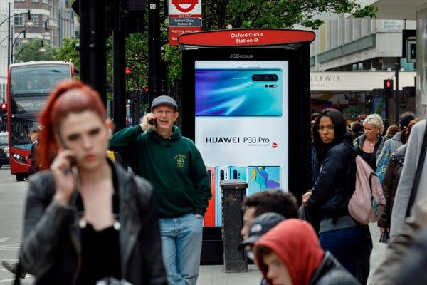 США: Великобритании не следовало допускать Huawei к строительству сетей 5G