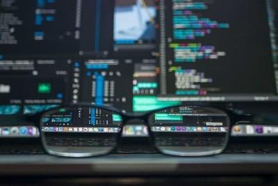 Минцифры предлагает ускорить на год переход на российское программное обеспечение для объектов КИИ