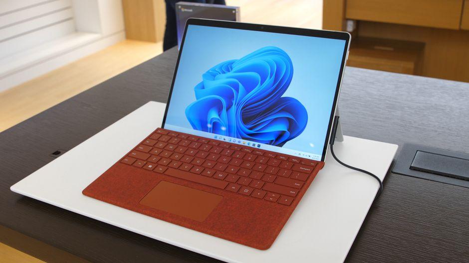 Пополнения в линейке Microsoft Surface призваны поднять популярность Windows 11