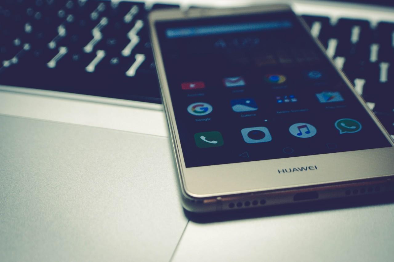 В последнем квартале 2020 г. мировой рынок смартфонов вернётся к росту