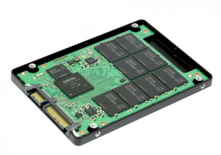 Цены на SSD падают из-за флэш-памяти NAND