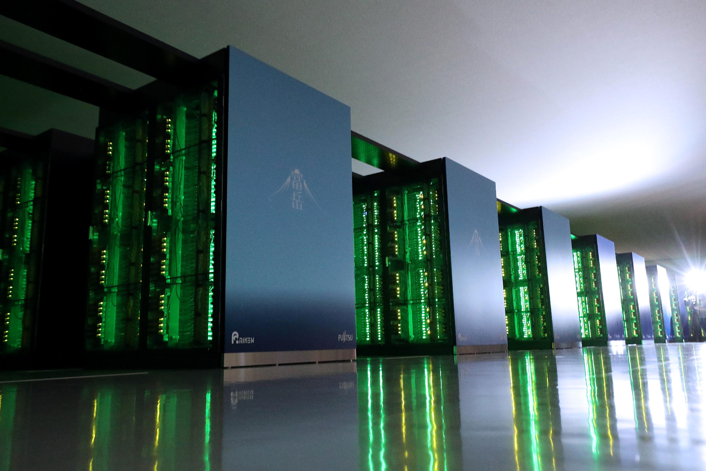 Рейтинг суперкомпьютеров: лидер TOP500 опережает второй номер втрое