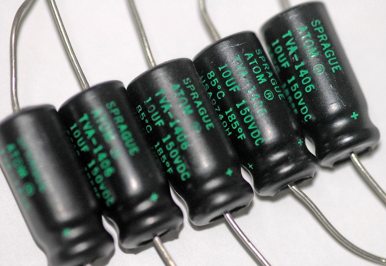 Дефицит поставок электролитических конденсаторов нарастает