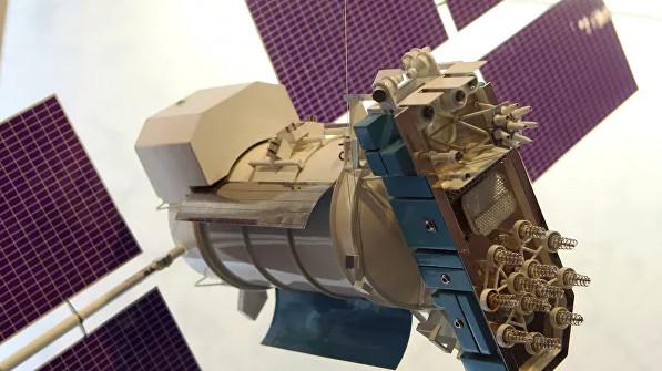Медведев предложил ВЭБ профинансировать новые спутники связи