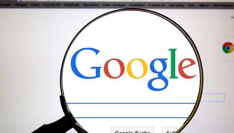 Выручка Google отрекламы впервые сократится