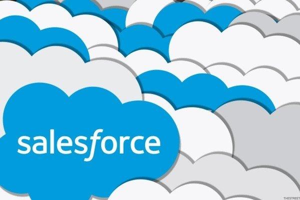 Salesforce ожидает доходы выше прогнозируемых