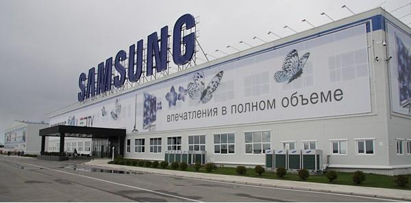 Продажи смартфонов сдержали падение прибыли Samsung