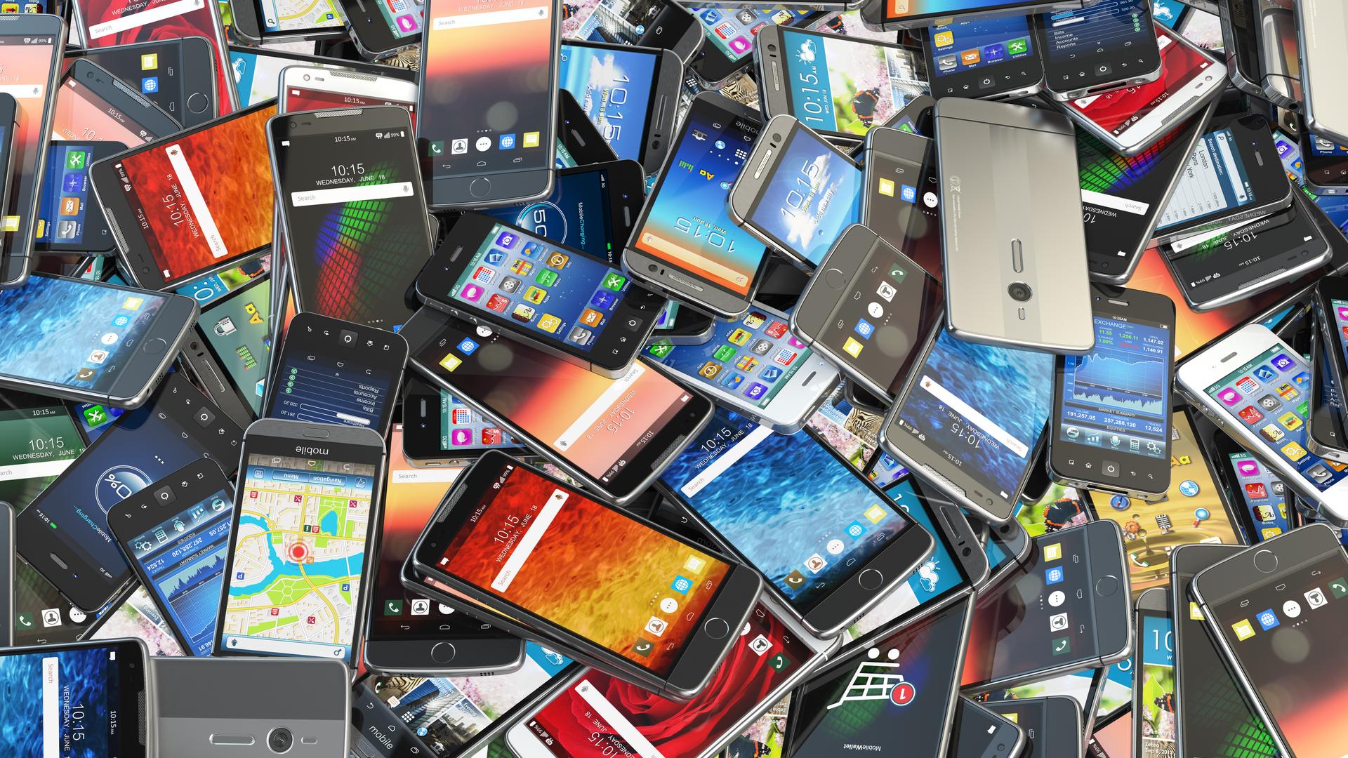 2020-й год рынок смартфонов в России закончит с ростом 1-2%