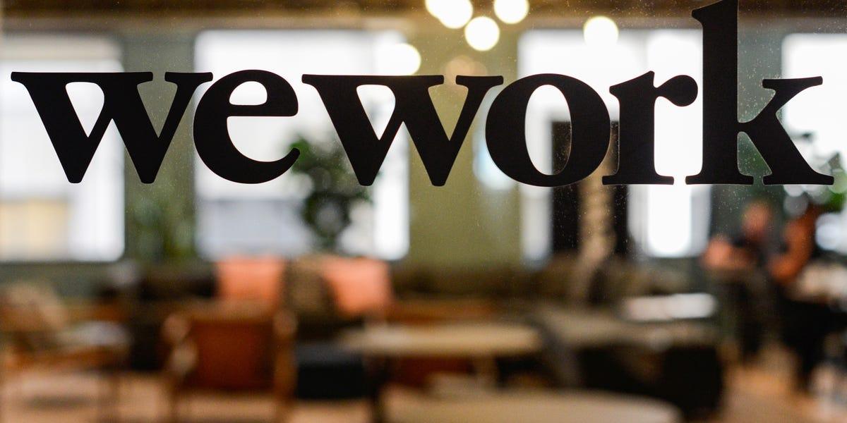 Сооснователь WeWork получит $500 млн отSoftBank
