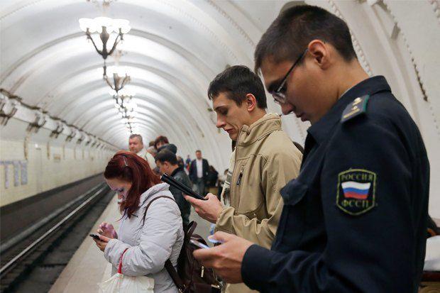 Оператор сети Wi-Fi в московском метро будет собирать детальную информацию оподключившихся к его сети пользователям