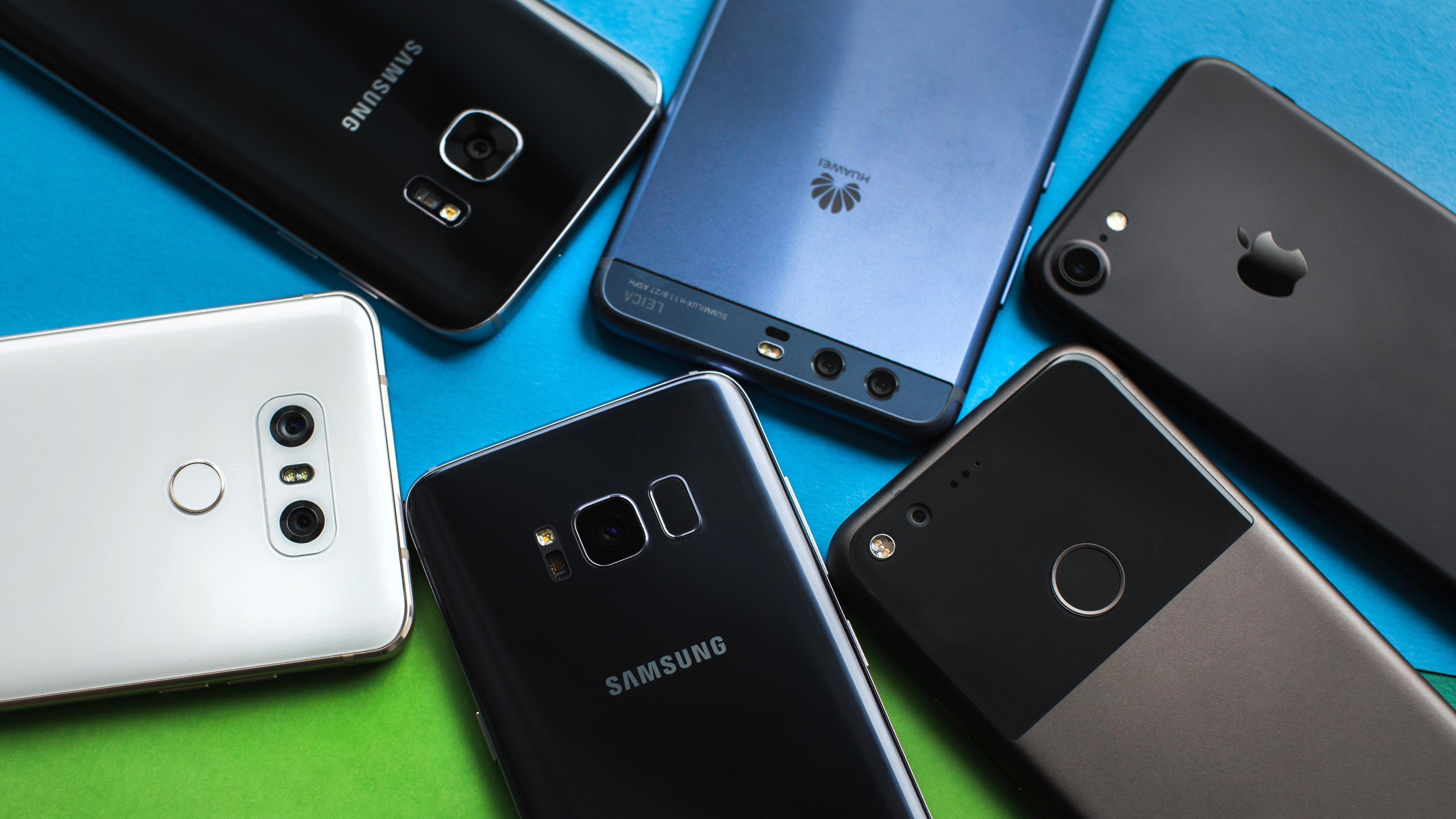 Онлайн-продажи смартфонов в России побили рекорд